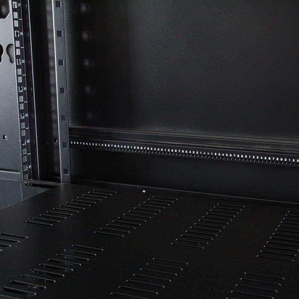 NCF42-810-KLA-C wnętrze szafy rack 19